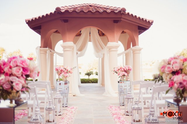 Las Vegas wedding planner, wedding coordinator las vegas, Desirable Events by Desi, Moxie Studio, Westin Lake las Vegas, Wedding planners las vegas